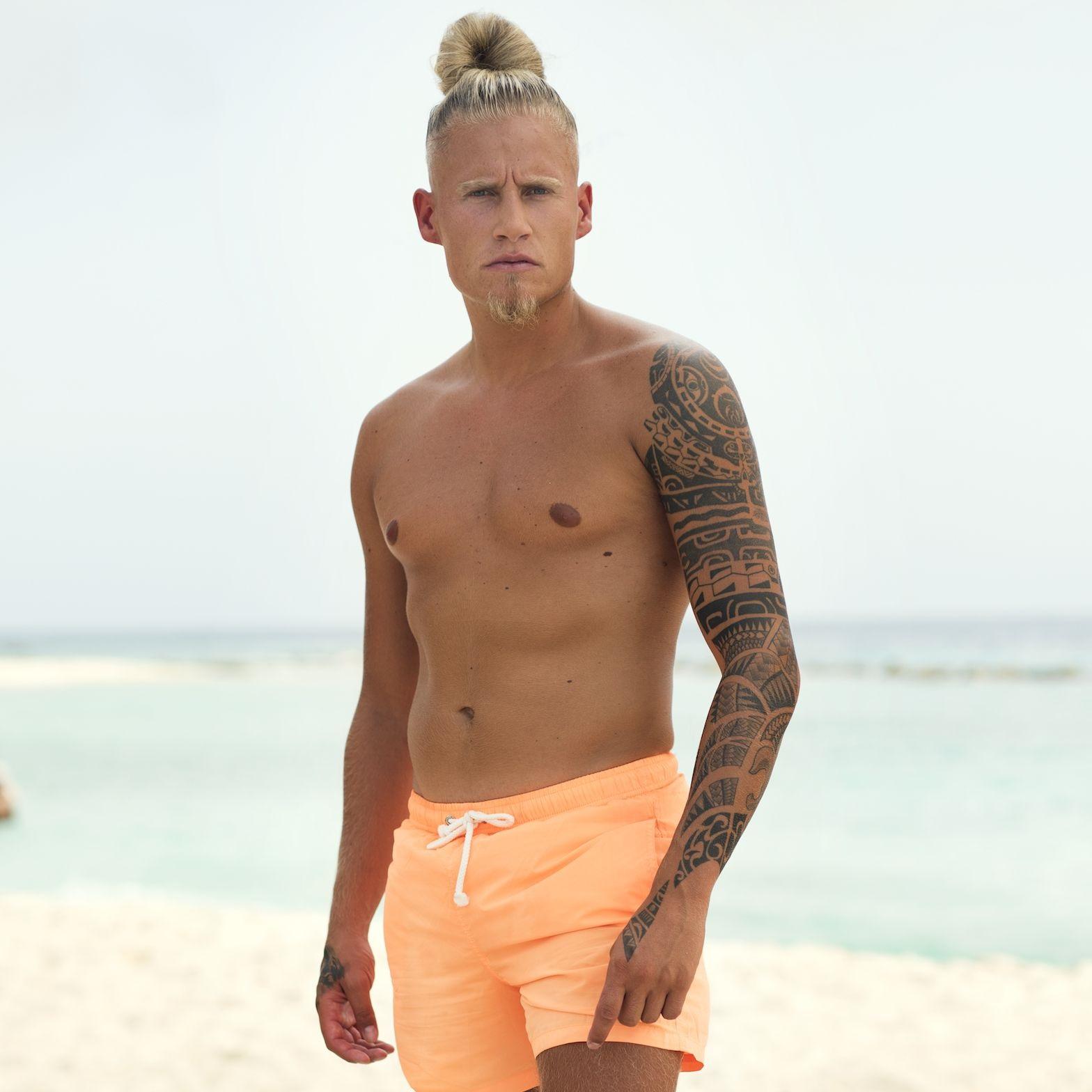 Diaz Ex on the Beach boeken